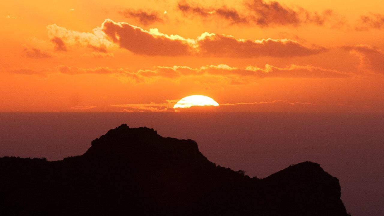 7 Reasons to put Tenerife on your bucket list - sunset